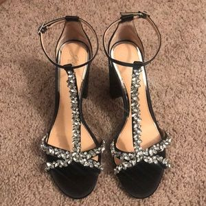 Jewel Badgley Mischka Carver Block Heel Sandal